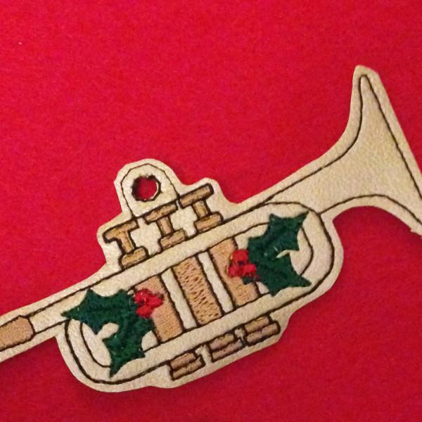 trumpetornament